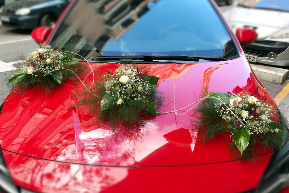 Flores coche novia