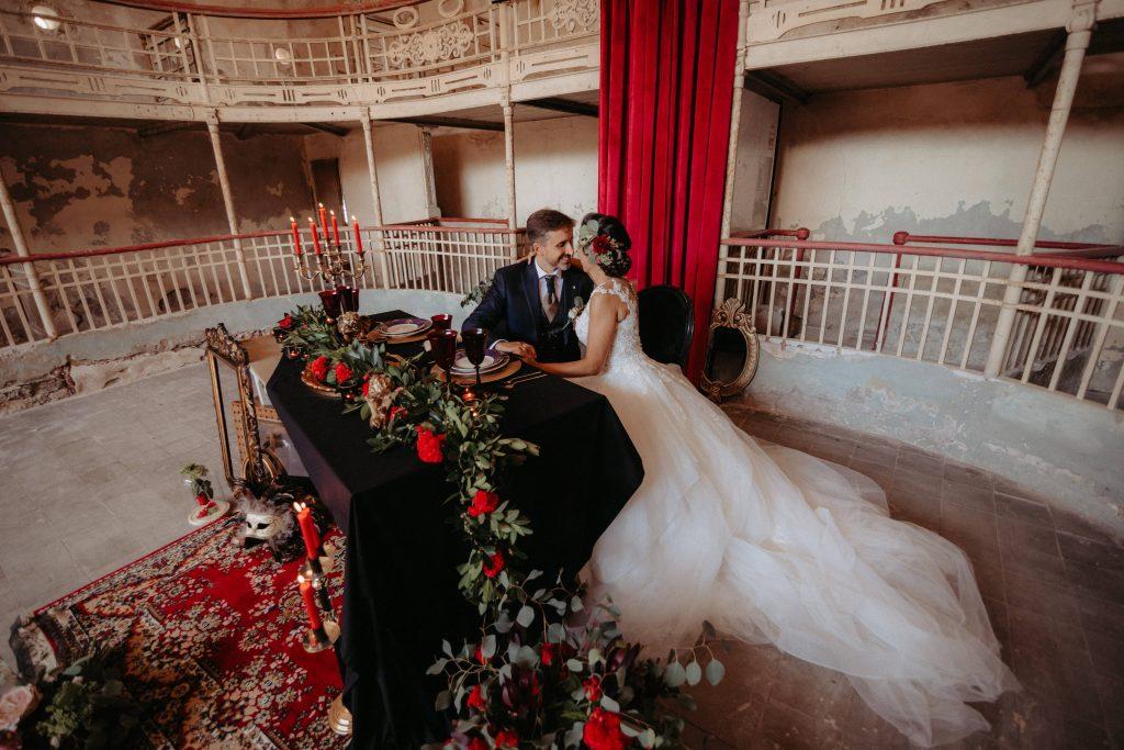 boda romántica gótica